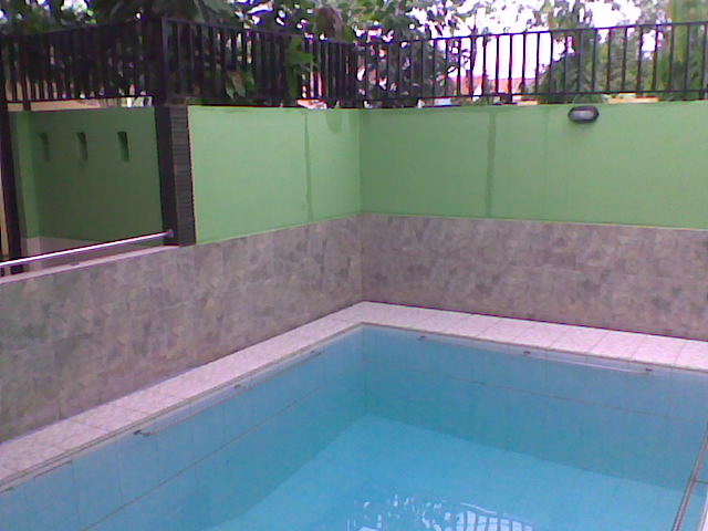 Konstruksi-kolam-renang-di-kenari.jpg
