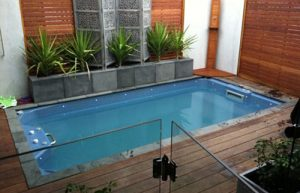 kontraktor kolam renang di cawang
