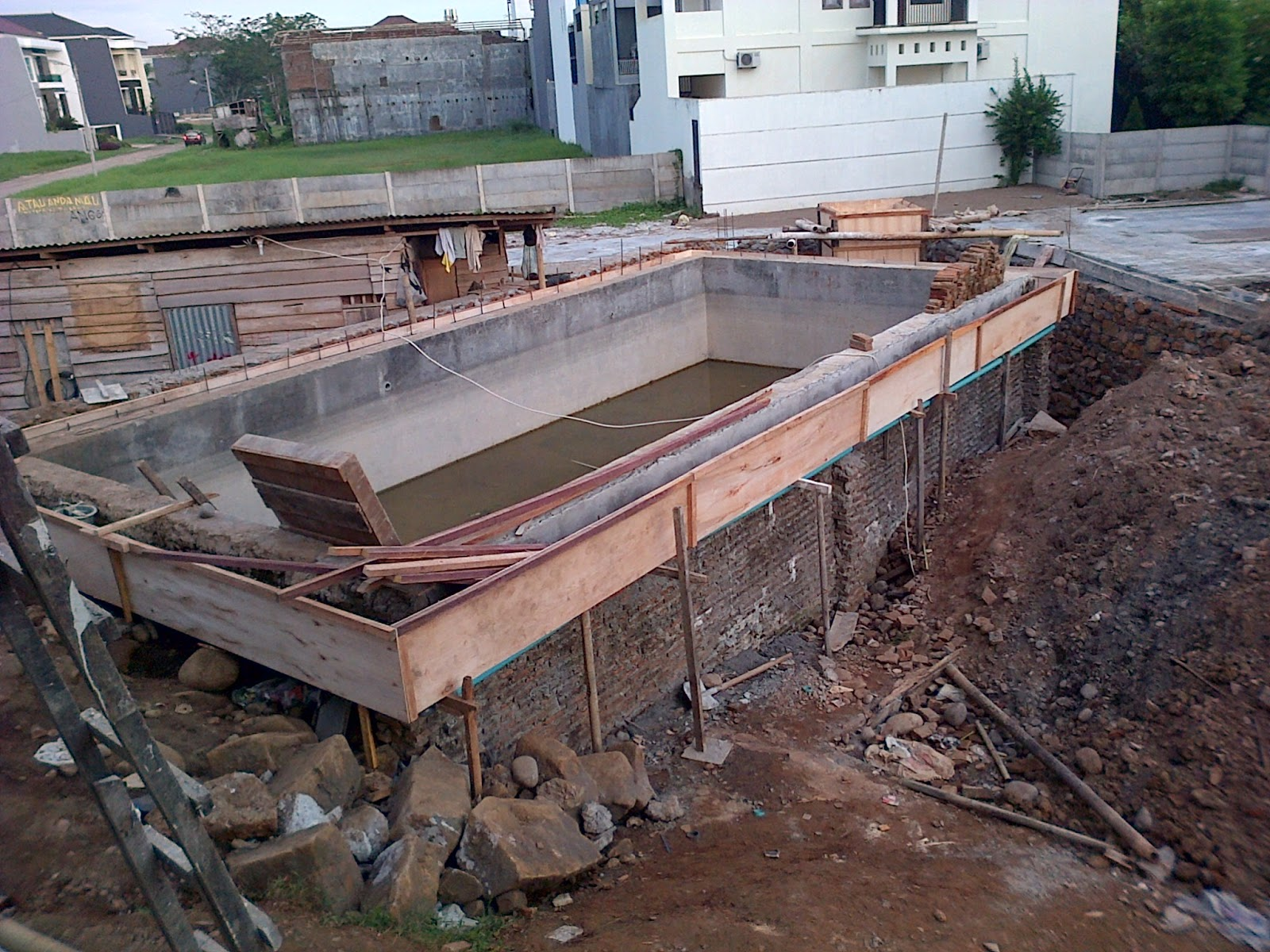 kontraktor kolam renang sidoarjo